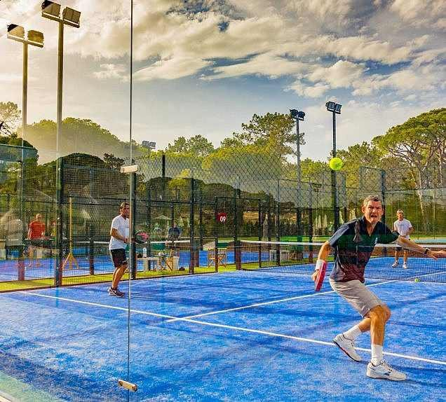 padel-activities-for-adults-and-juniors-at-the-campus-608863